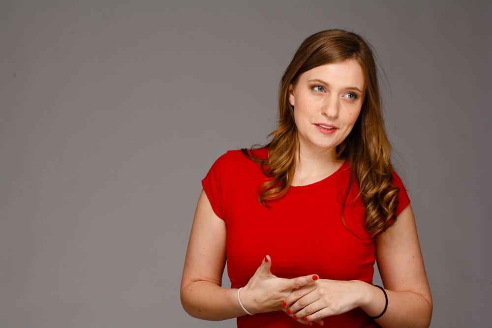 Claire Hewlett // Actor